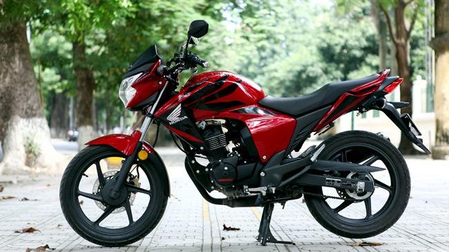 "Honda RR150 - Naked bike ""lai"" Touring"